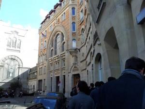 L'entrée du théâtre Adyar